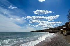 Costa del sud della Crimea in primavera Immagini Stock Libere da Diritti