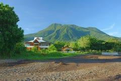 Costa dell'isola di Camiguin Immagini Stock Libere da Diritti