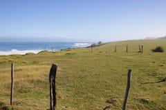 Costa dell'oceano Pacifico sull'isola hawaiana di Maui Immagine Stock