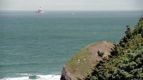 Costa dell'Oregon, luce 4K UHD della roccia di Tillamook video d archivio