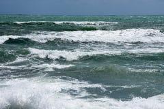 Costa della tempesta del mar Mediterraneo della Spagna Fotografie Stock Libere da Diritti