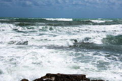 Costa della tempesta del mar Mediterraneo della Spagna Immagine Stock Libera da Diritti
