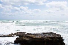 Costa della tempesta del mar Mediterraneo della Spagna Fotografia Stock Libera da Diritti