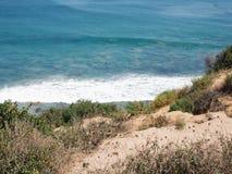Costa di California da una scogliera fotografia stock