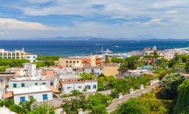 Costa di mar Mediterraneo, baia di Napoli, ischi Fotografia Stock