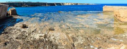 Costa di mare di estate della Sicilia, Italia Immagine Stock