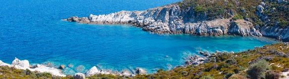 Costa di mare di estate Sithonia, Grecia Immagine Stock
