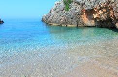 Costa di mare ionico di estate, Albania fotografia stock