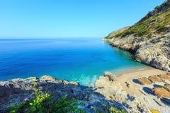 Costa di mare ionico di estate, Albania immagine stock