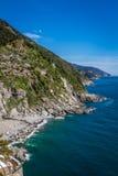 Costa di mare su Cinque Terre, Italia Fotografia Stock Libera da Diritti