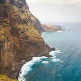 Costa di Tenerife vicino al faro di Punto Teno fotografia stock