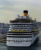 Costa Diadema in de haven van Marseille Royalty-vrije Stock Afbeeldingen