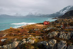 Costa do Atlântico Norte perto da cidade de Tromso, Noruega Fotos de Stock