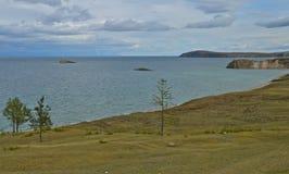 Costa do Lago Baikal. Rússia. Imagens de Stock