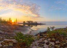 A costa do Lago Ladoga Foto de Stock Royalty Free