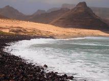 Costa do Sao Vicente, uma das ilhas no arquipélago de Cabo Verde foto de stock royalty free