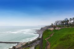 costa e estrada do oceano fotos de stock royalty free