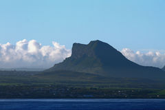 Costa e montagna di mare mauritius Fotografia Stock
