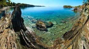 Costa egea di mattina, Sithonia, Grecia Immagine Stock