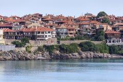 Costa en la ciudad de Sozopol del balneario, Bulgaria, el Mar Negro Foto de archivo libre de regalías