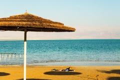 Costa hermosa del mar muerto fotografía de archivo