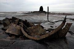 Costa Inglaterra de North Yorkshire da baía de Saltwick Foto de Stock Royalty Free