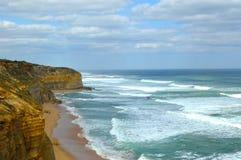 Costa a lo largo del gran camino del océano fotografía de archivo libre de regalías