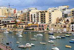 Costa maltesa en el mar Mediterráneo Foto de archivo