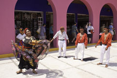 Costa Maya Mexico - Kleurrijke Traditionele Dansers royalty-vrije stock foto