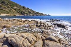 Costa mediterránea hermosa Fotografía de archivo libre de regalías