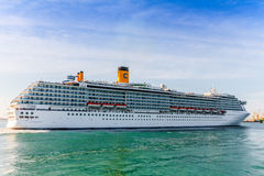 Costa Mediterranea dell'incrociatore Fotografia Stock Libera da Diritti