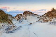 Costa nacional Carolina del Norte de Hatteras del cabo de las dunas de arena foto de archivo