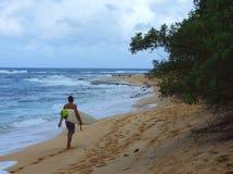 Costa norte que surfa - praia do por do sol imagens de stock royalty free