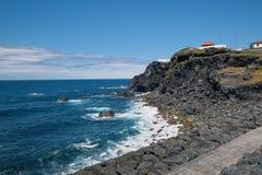 Costa oceanica dell'isola di Miguel del sao, Azzorre, Portogallo Immagine Stock
