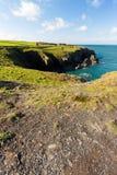 Costa oeste de País de Gales cerca de Porthgain Foto de archivo