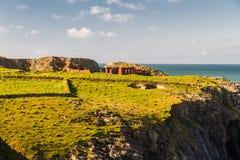 Costa oeste de País de Gales cerca de Porthgain Imágenes de archivo libres de regalías