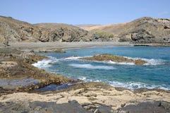 Costa oeste rochosa de Fuerteventura Fotos de Stock Royalty Free