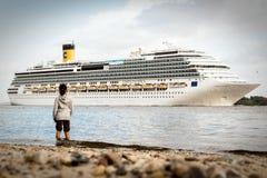 Costa Pacifica a Amburgo Immagini Stock