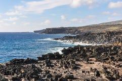 Costa perto de Ahu Tahai, Ilha de Páscoa, o Chile Foto de Stock