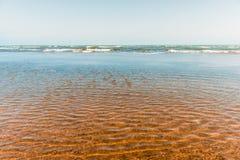 Costa, playa vacía Fotografía de archivo