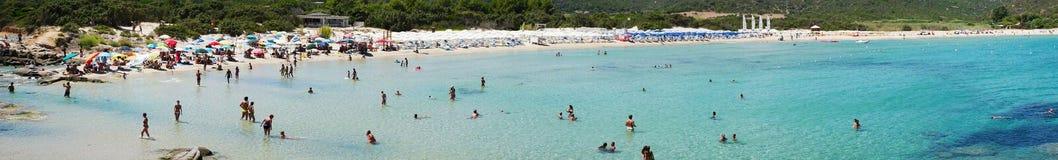 Costa Reja Włochy, Sierpień, - 25: Niezidentyfikowani ludzie w plażowym calle Zdjęcia Royalty Free