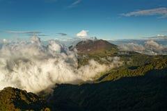 Costa Rica-landschappen - mooie aard - Weergeven van Irazu aan Turrialba-Vulkaan royalty-vrije stock fotografie