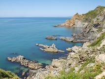 Costa rocciosa del mare di Giappone Fotografia Stock