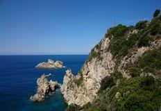 Costa rocciosa di Corfù Fotografia Stock Libera da Diritti