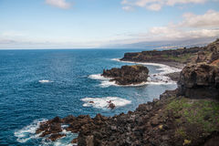 Costa rochosa perto de San Juan de la Rambla Imagens de Stock
