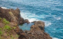 Costa rochosa perto de San Juan de la Rambla Imagem de Stock