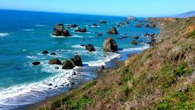 Costa costa rocosa foto de archivo