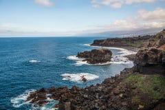 Costa rocosa cerca de San Juan de la Rambla Imagenes de archivo
