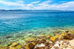 Costa rocosa del mar adriático Imagen de archivo