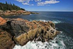 A costa ?spera do parque nacional do Acadia, Maine fotografia de stock